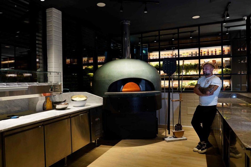 pizzeria-Le-Parule-Ercolano-Giuseppe-Pignalosa-forno-per-pizza-a-legna-e-orto-1068x712